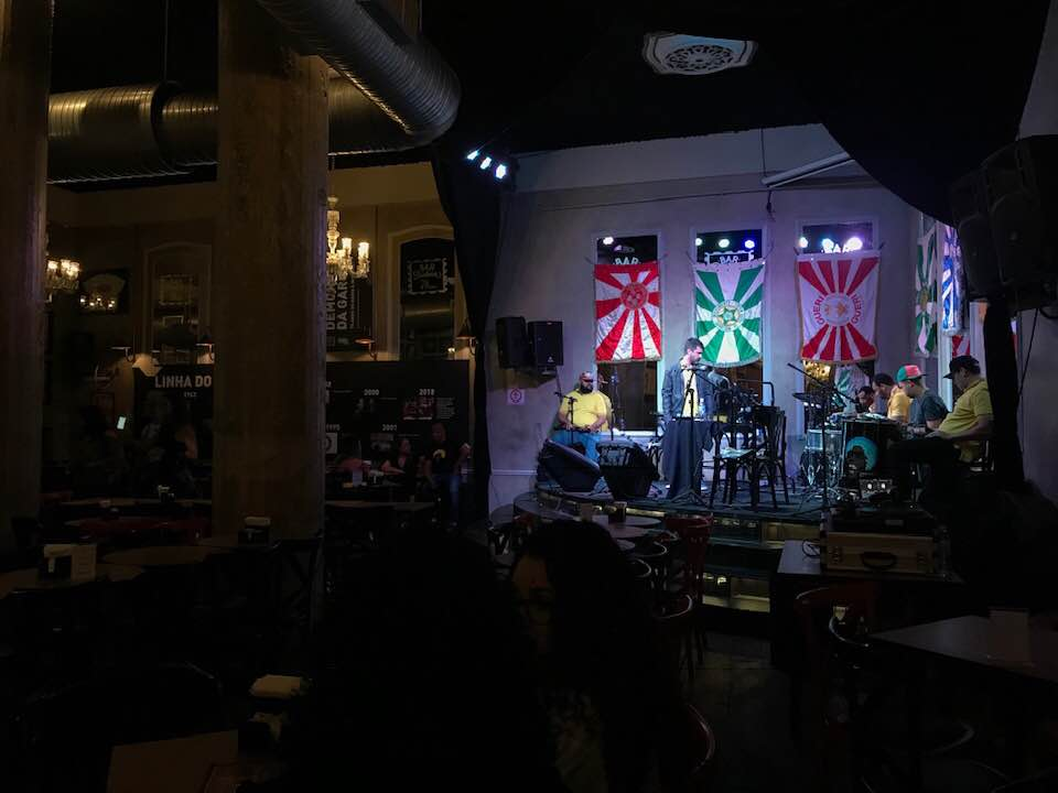 Bar Brahma é localizado no célebre encontro entre a Ipiranga e Avenida São João | Foto: A Vida no Centro